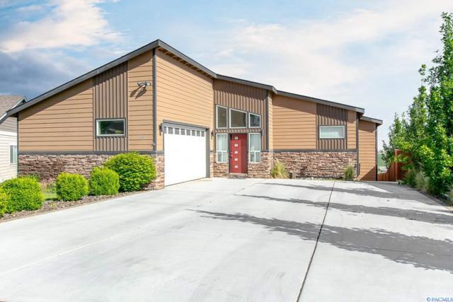 6406 Westview Loop, West Richland, WA 99353 (MLS #229645) :: PowerHouse Realty, LLC