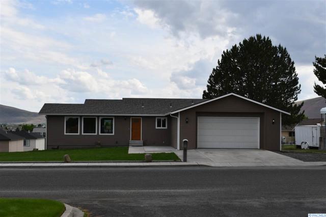 4541 Maple Lane, West Richland, WA 99353 (MLS #229703) :: PowerHouse Realty, LLC