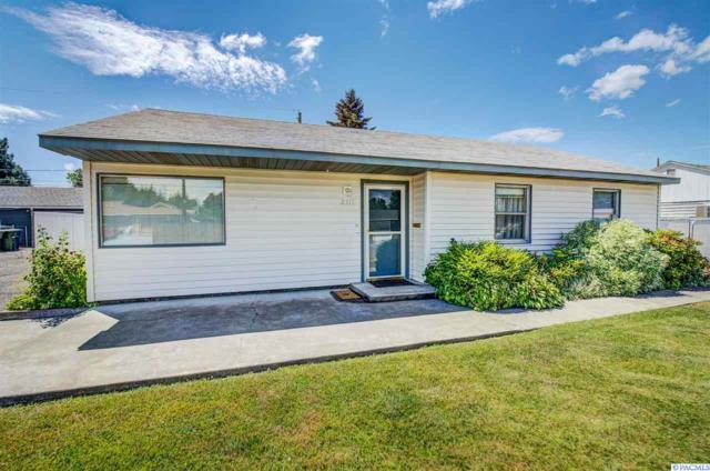 2311 Torbett St., Richland, WA 99354 (MLS #230396) :: Premier Solutions Realty