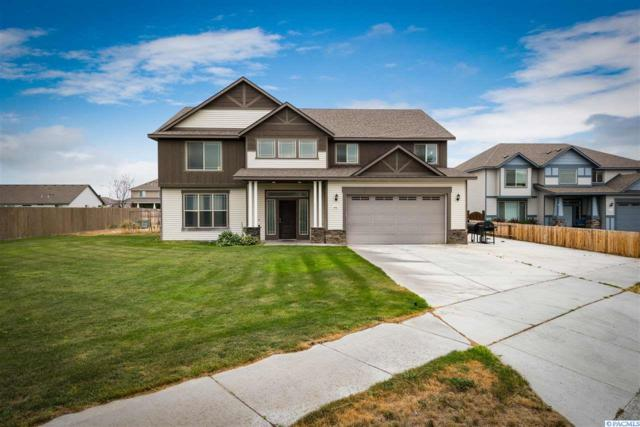 4406 NW Commons Dr, Pasco, WA 99301 (MLS #230451) :: Dallas Green Team