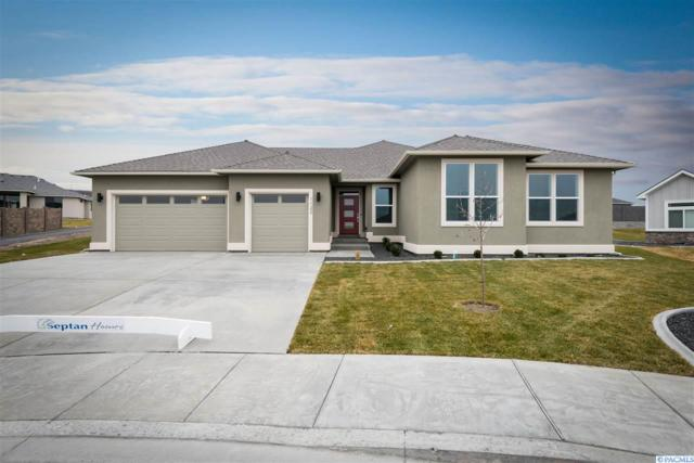 1122 S Kansas Ct., Kennewick, WA 99338 (MLS #230954) :: The Lalka Group