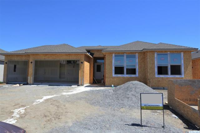 3357 Village Parkway, Richland, WA 99354 (MLS #231017) :: Dallas Green Team