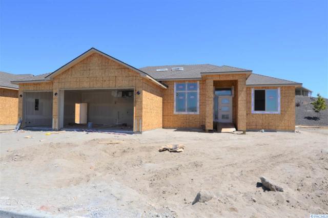 3359 Village Parkway, Richland, WA 99354 (MLS #231018) :: Dallas Green Team