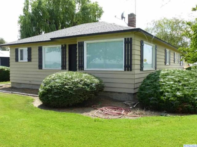 2820 Midvale Rd, Sunnyside, WA 98944 (MLS #231121) :: Premier Solutions Realty