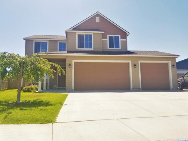 8806 Wilshire Dr, Pasco, WA 99301 (MLS #231136) :: Dallas Green Team