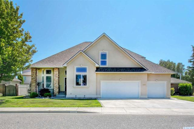 1990 Sky Meadow Ave, Richland, WA 99352 (MLS #231173) :: Dallas Green Team