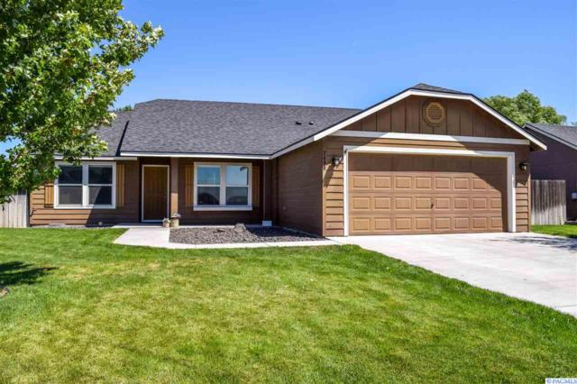 2490 Hickory Avenue, West Richland, WA 99353 (MLS #231197) :: The Lalka Group