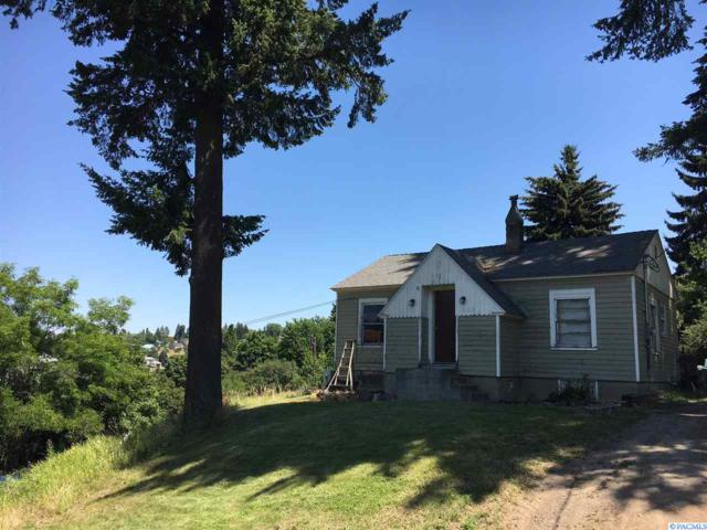 1303 S East St., Colfax, WA 99111 (MLS #231211) :: Premier Solutions Realty