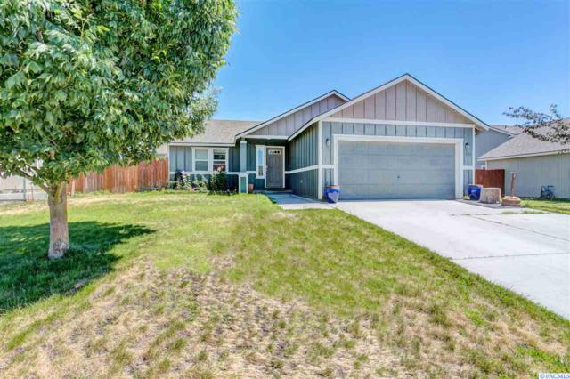 5711 Westport Ln, Pasco, WA 99301 (MLS #231239) :: Premier Solutions Realty