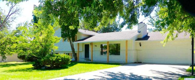 103 W 36th Place, Kennewick, WA 99337 (MLS #231246) :: Premier Solutions Realty