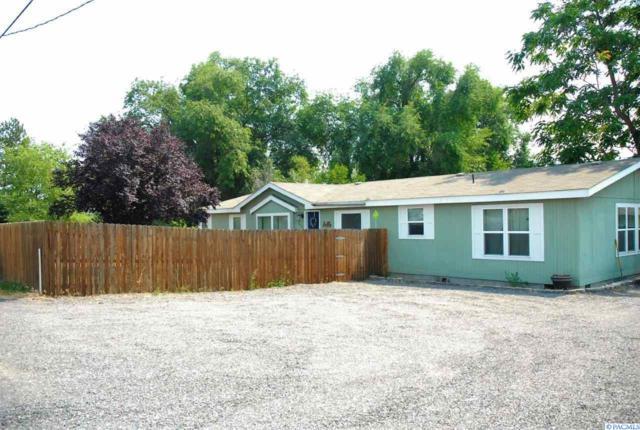 138901 W North River Rd, Prosser, WA 99350 (MLS #231724) :: PowerHouse Realty, LLC