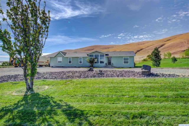 9515 W Yakitat Pl Nw, Benton City, WA 99320 (MLS #232461) :: The Lalka Group