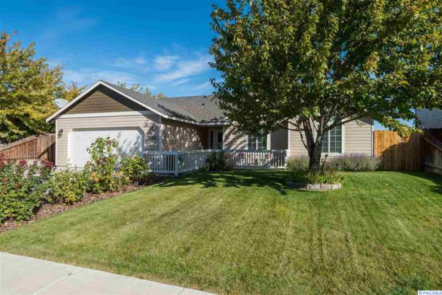 1700 W 33rd Ave, Kennewick, WA 99337 (MLS #232714) :: Dallas Green Team