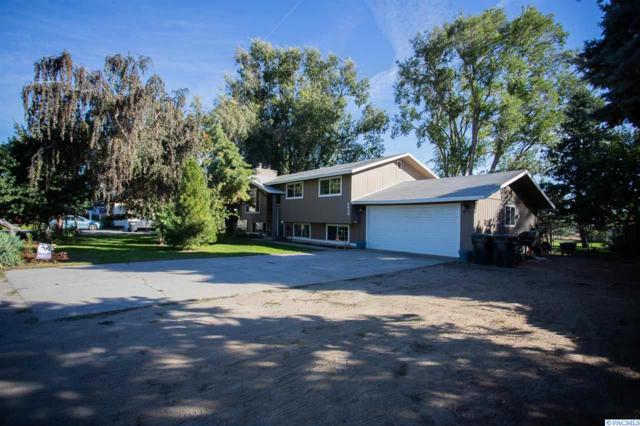 6020 W Sylvester, Pasco, WA 99301 (MLS #232731) :: The Lalka Group