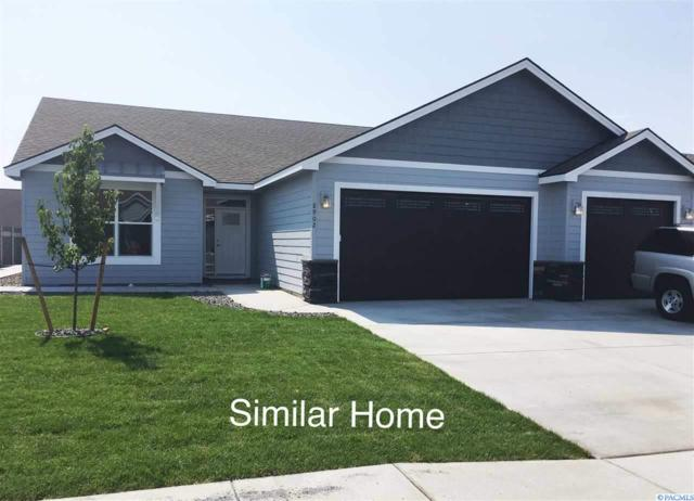6606 Sockeye Ln, Pasco, WA 99301 (MLS #232735) :: Dallas Green Team