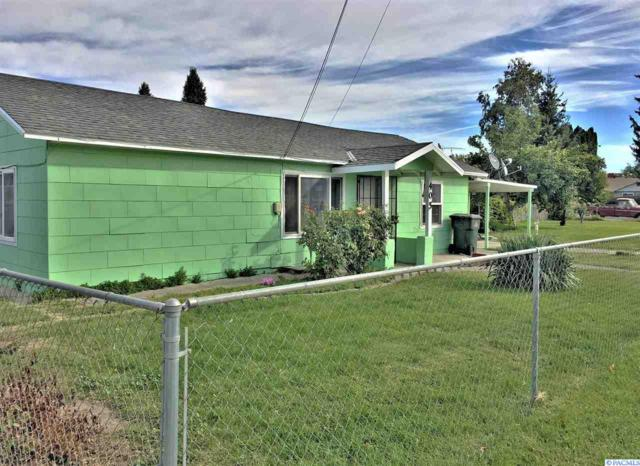 405 W 4th, Grandview, WA 98930 (MLS #232740) :: The Lalka Group