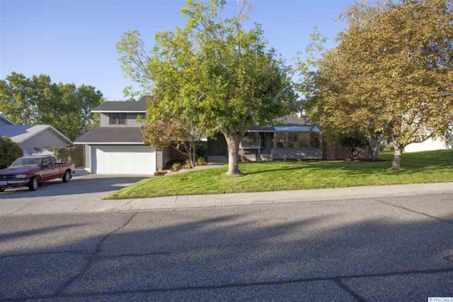 514 Shaw St, Richland, WA 99354 (MLS #232742) :: The Lalka Group