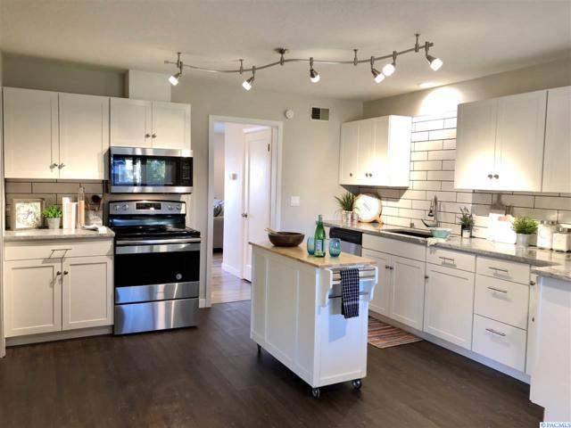 2006 W 3rd Ave, Kennewick, WA 99336 (MLS #233218) :: Premier Solutions Realty