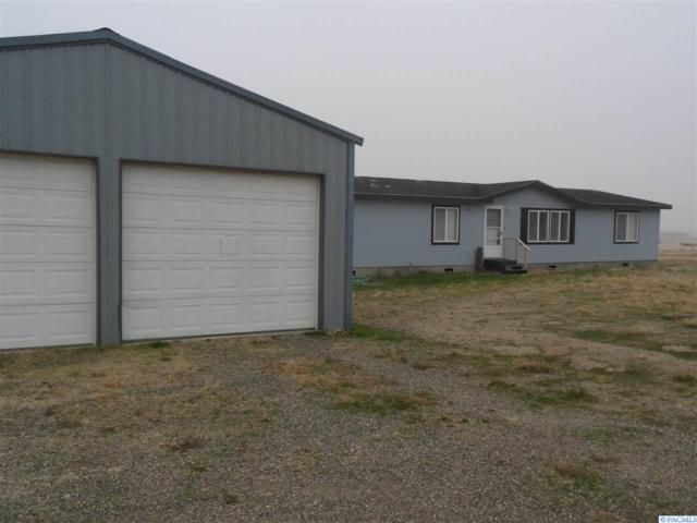 25205 W Kelly Road, Benton City, WA 99320 (MLS #233844) :: The Lalka Group