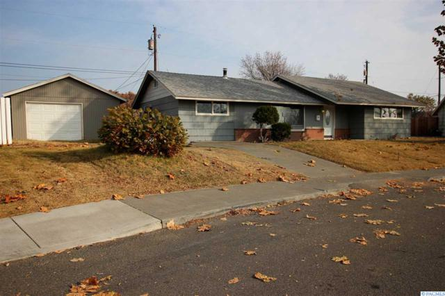 1318 W 3rd Ave, Kennewick, WA 99336 (MLS #233892) :: The Lalka Group