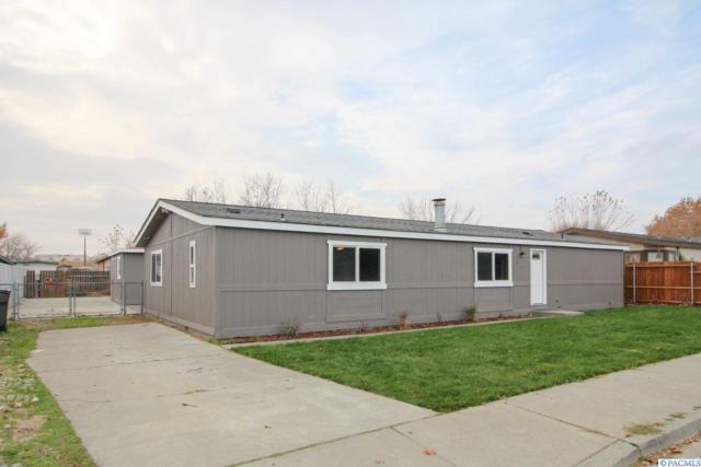 8703 W Arrowhead Avenue, Kennewick, WA 99336 (MLS #233894) :: The Lalka Group