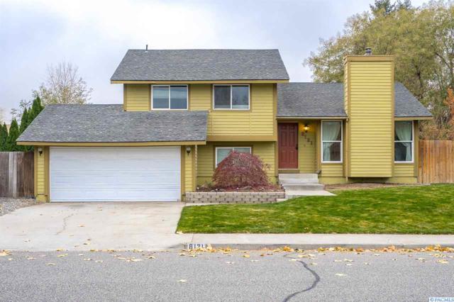 8121 W Grand Ronde Ave, Kennewick, WA 99336 (MLS #233905) :: The Lalka Group