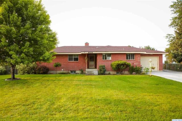 6404 W Willamette, Kennewick, WA 99336 (MLS #233920) :: The Lalka Group