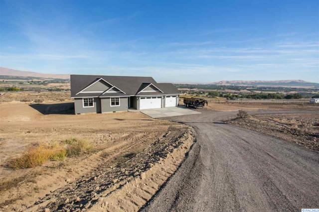17504 W Yakitat Pl, Benton City, WA 99320 (MLS #233928) :: Community Real Estate Group