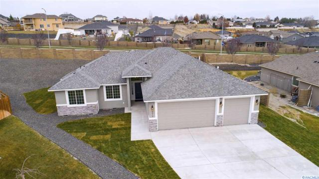 5013 Pinehurst Dr., Pasco, WA 99301 (MLS #234253) :: Dallas Green Team