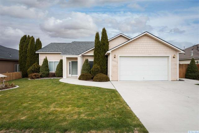 8502 W Bruneau Pl, Kennewick, WA 99336 (MLS #234309) :: Dallas Green Team