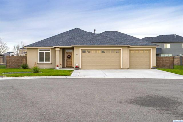 1333 Platinum Place, West Richland, WA 99353 (MLS #234330) :: Dallas Green Team