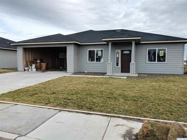 407 S Hugo Ave, Pasco, WA 99301 (MLS #234575) :: Community Real Estate Group
