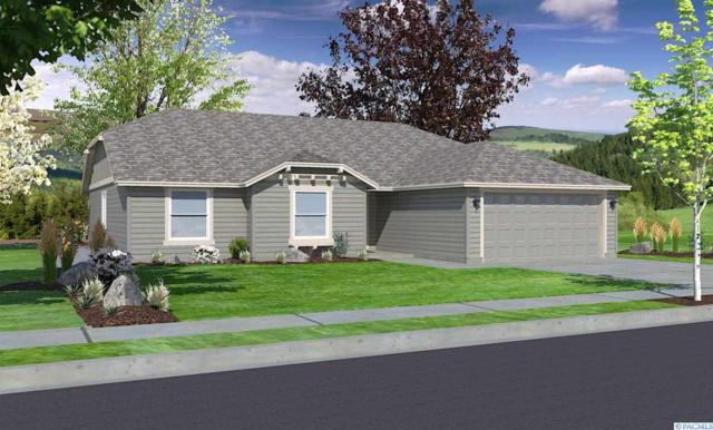 3931 Curtis Drive, West Richland, WA 99353 (MLS #234604) :: The Lalka Group