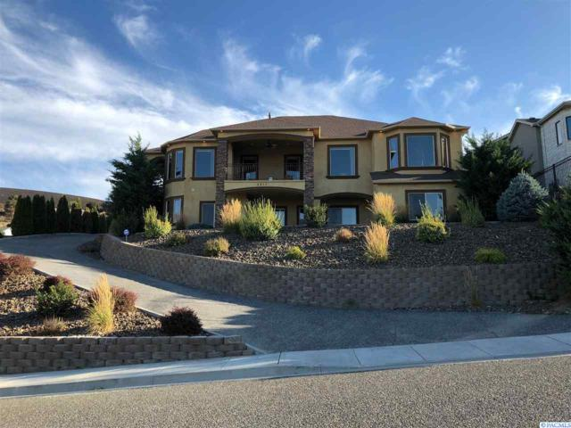 3511 W 46th Avenue, Kennewick, WA 99337 (MLS #234629) :: Community Real Estate Group