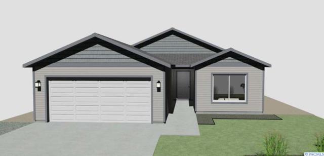 5519 W Umatilla Avenue, Kennewick, WA 99336 (MLS #234661) :: Community Real Estate Group