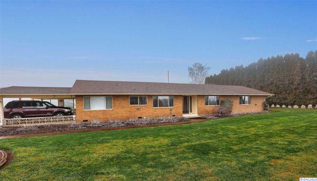 152607 W North River Road, Prosser, WA 99350 (MLS #234704) :: The Lalka Group
