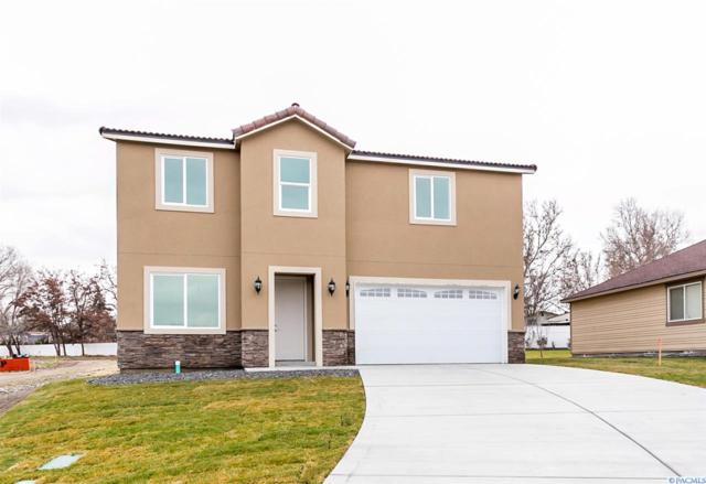 605 S Huntington Pl, Kennewick, WA 99337 (MLS #234717) :: Community Real Estate Group