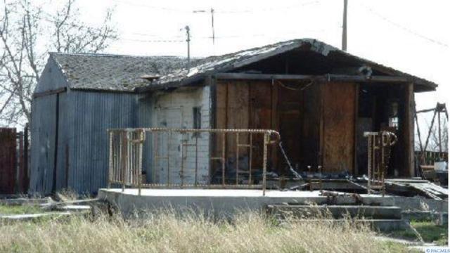 235 Birch St, Burbank, WA 99323 (MLS #234720) :: Community Real Estate Group