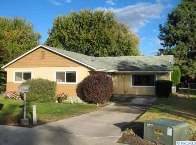 1528 W 7th Place, Kennewick, WA 99336 (MLS #234797) :: Community Real Estate Group