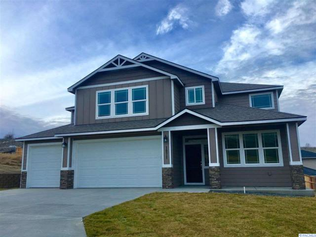 1071 Chinook Dr., Richland, WA 99352 (MLS #234863) :: The Lalka Group
