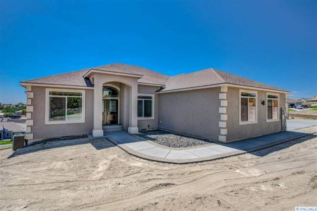 4262 Maple Ln, West Richland, WA 99353 (MLS #234867) :: Community Real Estate Group