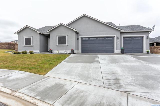 5745 W 37th Pl, Kennewick, WA 99338 (MLS #234883) :: The Lalka Group