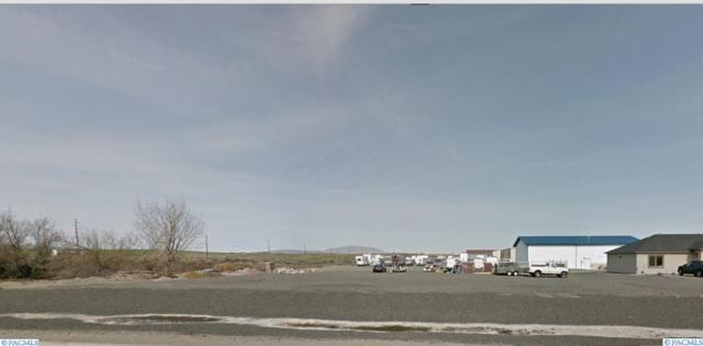 2385 Robertson Drive, Richland, WA 99354 (MLS #234936) :: The Lalka Group