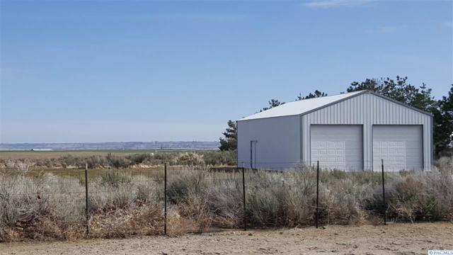 28006 E Ruppert Rd, Benton City, WA 99320 (MLS #235152) :: The Lalka Group