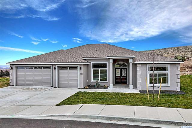 5593 S Lyle Place, Kennewick, WA 99336 (MLS #235185) :: Premier Solutions Realty
