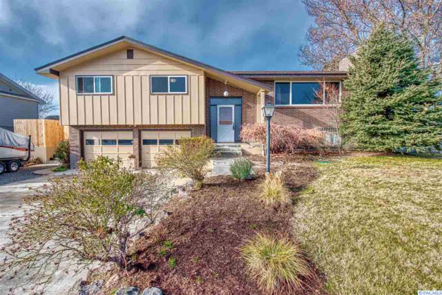 2904 S Garfield St, Kennewick, WA 99337 (MLS #235198) :: Premier Solutions Realty
