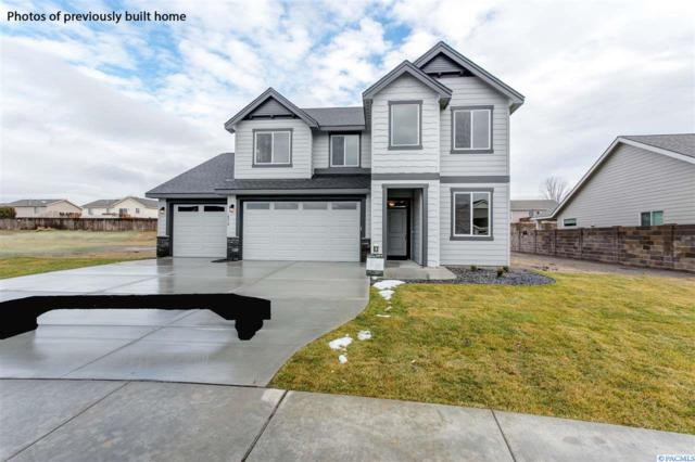 6417 Chinook Lane, Pasco, WA 99301 (MLS #235325) :: The Lalka Group