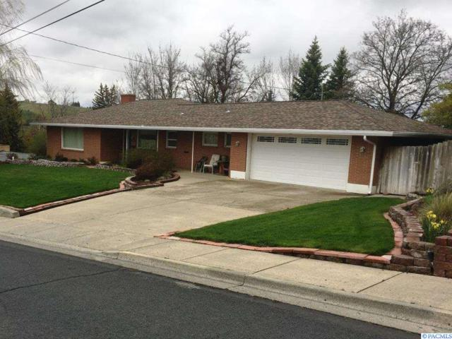 605 E Southview, Colfax, WA 99111 (MLS #235399) :: Community Real Estate Group