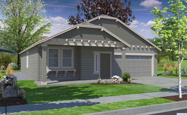 4017 Kechika Ln, Pasco, WA 99301 (MLS #235873) :: The Lalka Group