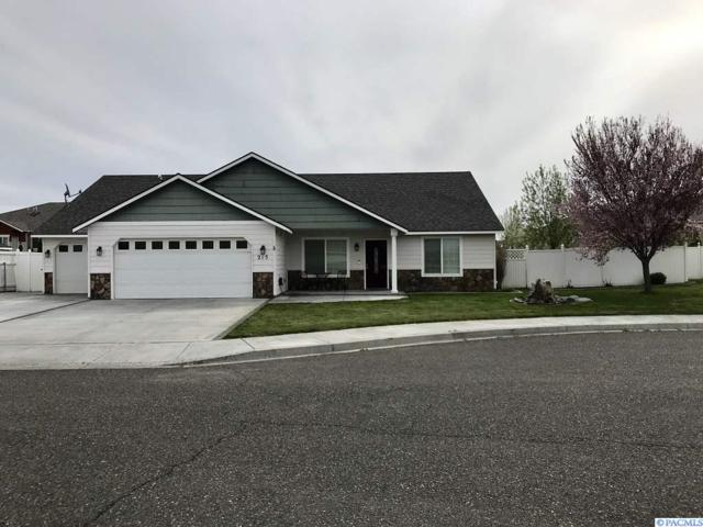 215 S Idaho St., Kennewick, WA 99336 (MLS #236601) :: Dallas Green Team